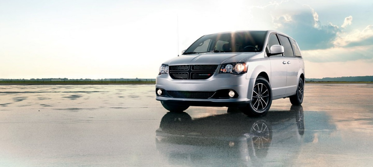 Exterior - 2019 Dodge Grand Caravan in Maquoketa IA