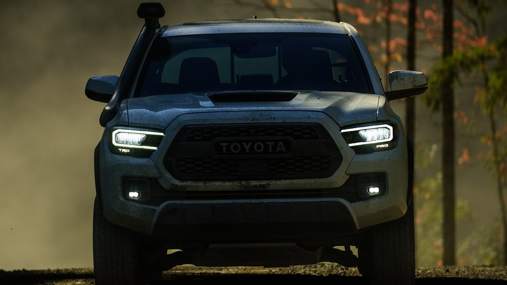 Shop Online 2020 Toyota Tacoma in Hermitage PA
