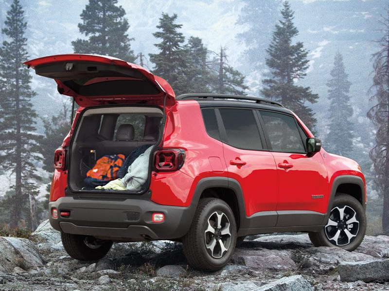 Puente Hills Jeep - Explore the 2021 Jeep Renegade near Downey CA