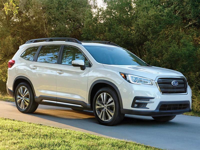 Stay connected in a 2021 Subaru Ascent near Warren MI