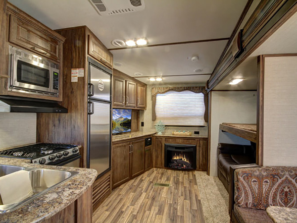 USED Keystone RV Cougar Fifth Wheel Longmont CO