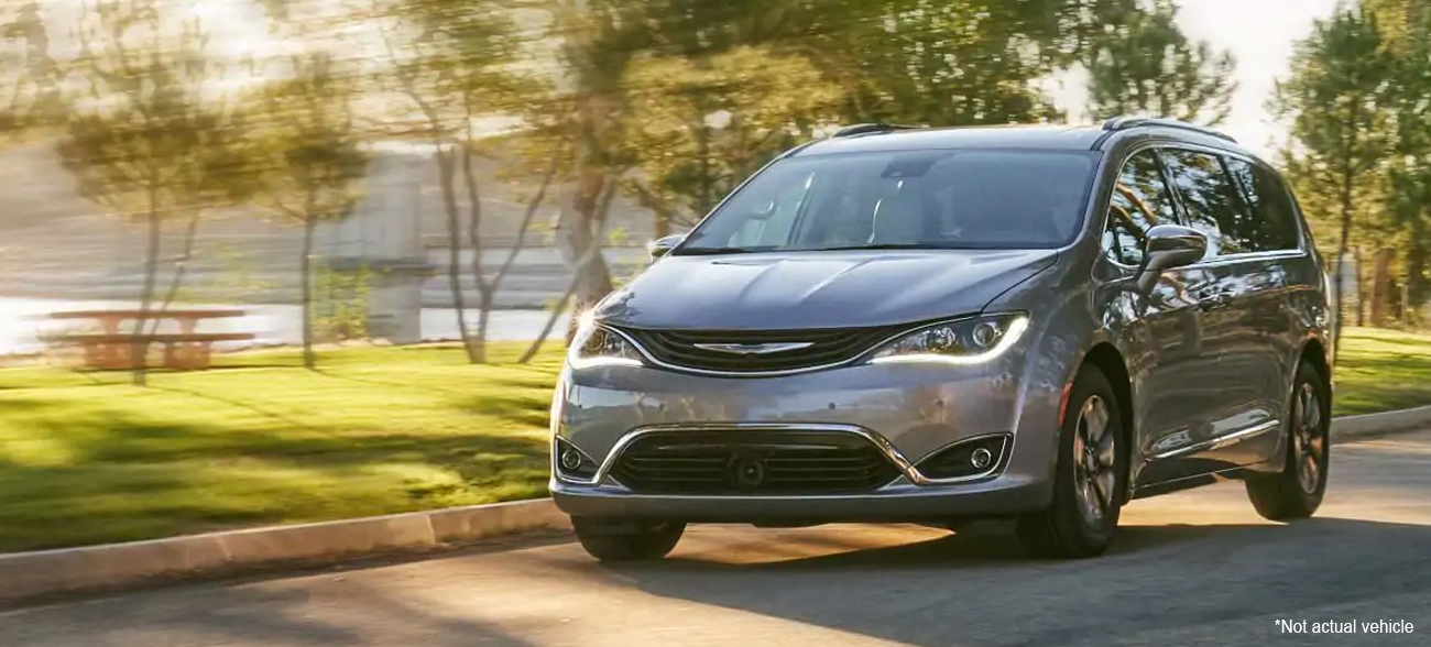 2019 Chrysler Pacifica Lease and Specials in Antioch IL