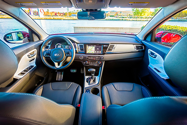 Greenwood Village CO - 2017 KIA Niro's Interior
