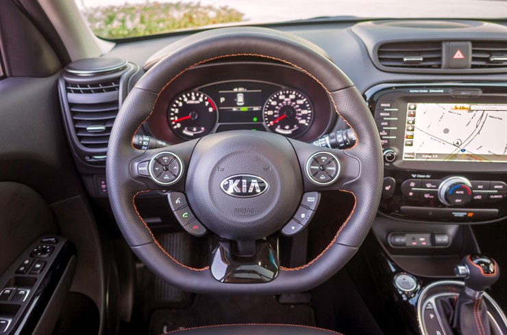 Greenwood Village CO - 2017 KIA Soul's Interior