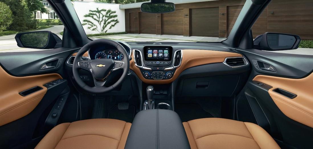 Maquoketa IA - 2018 Chevrolet Equinox Interior