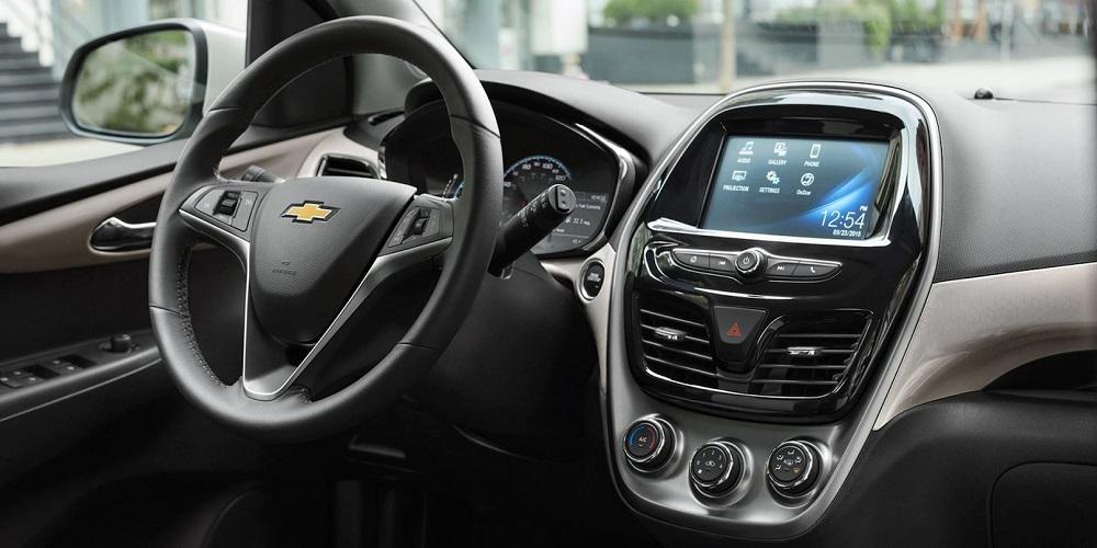 Maquoketa IA - 2018 Chevrolet Spark Interior
