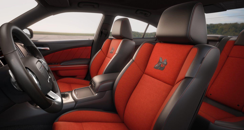Albuquerque NM - 2018 Dodge Challenger's Interior