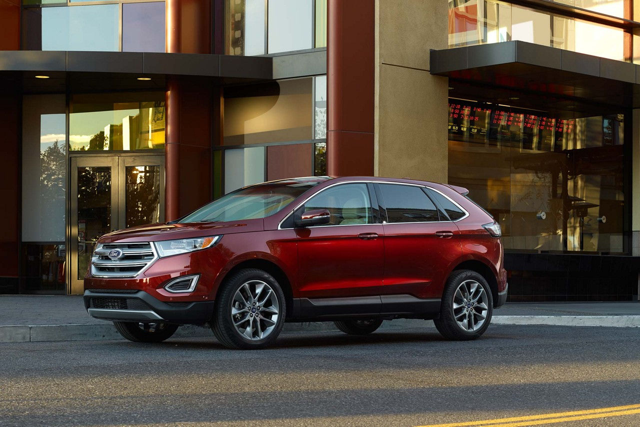 Maquoketa IA - 2018 Ford Edge Overview