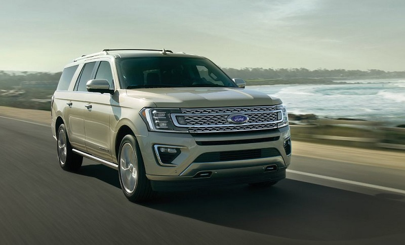 Exterior 2018 Ford Expedition near Dubuque IA