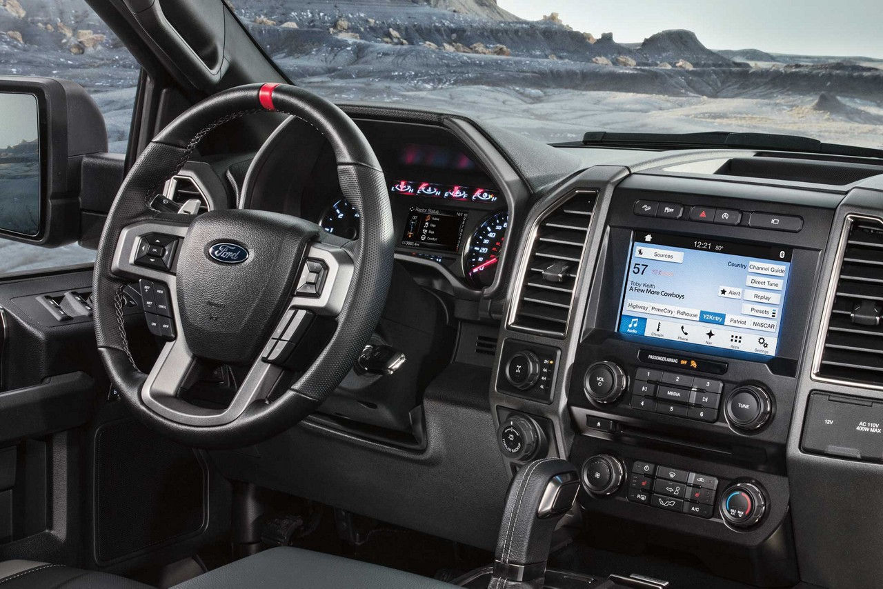Clinton IA Area - 2018 Ford F-150 Interior