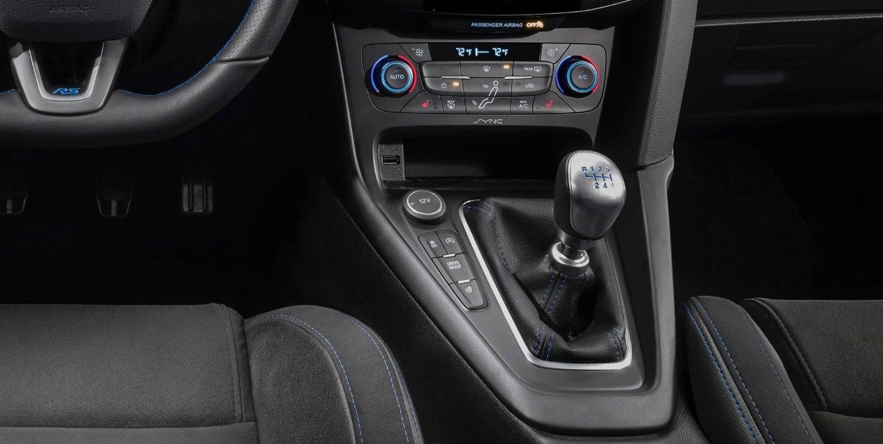 Clinton IA - 2019 Ford Focus Interior