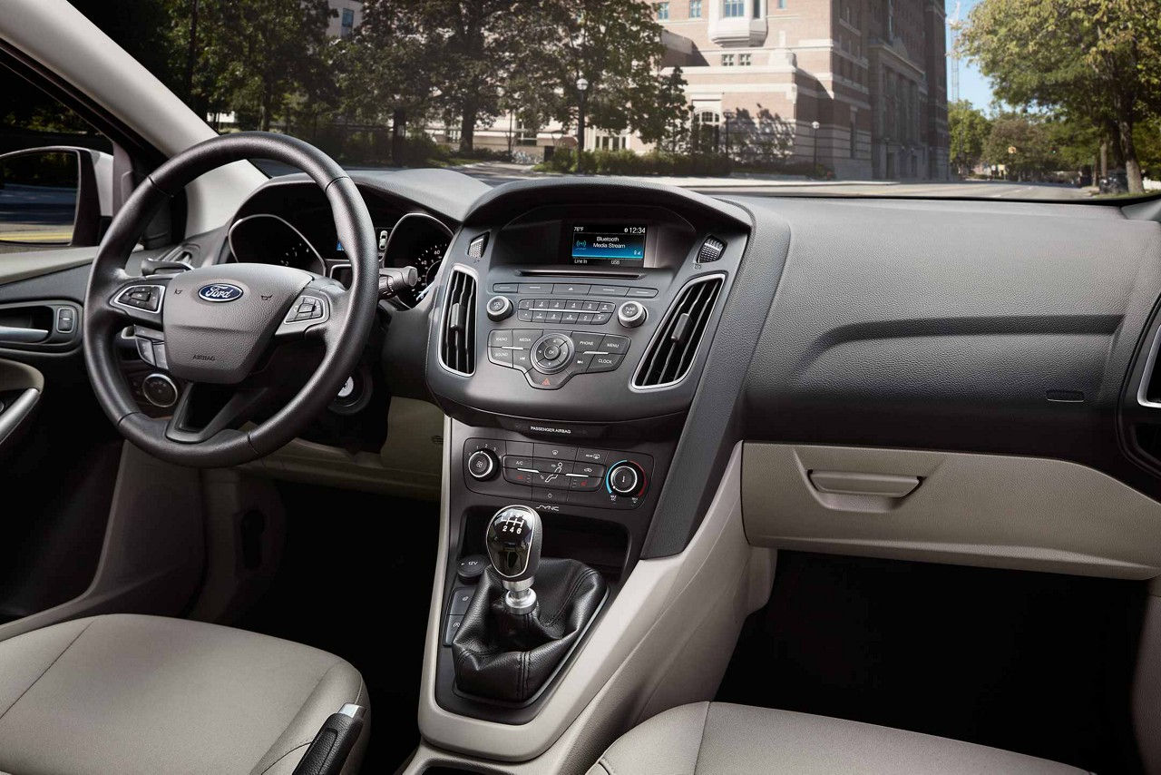 Maquoketa IA - 2018 Ford Focus Interior