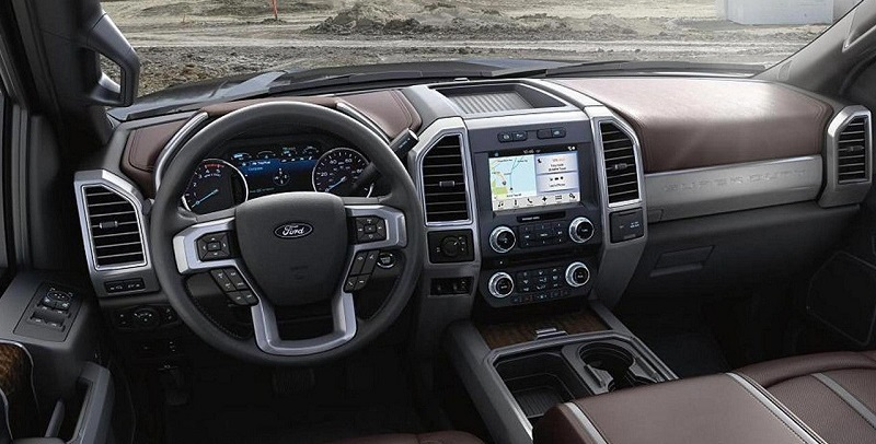 Dubuque Area - 2018 Ford Super Duty Interior
