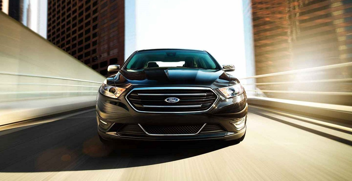 2018 Ford Taurus in Maquoketa IA