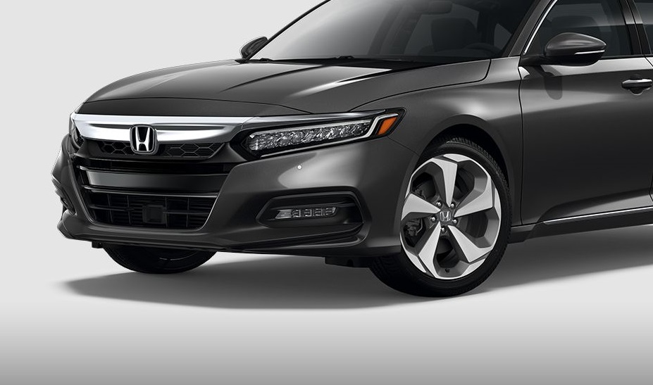 Centennial Colorado - 2018 Honda Accord Sedan's Exterior