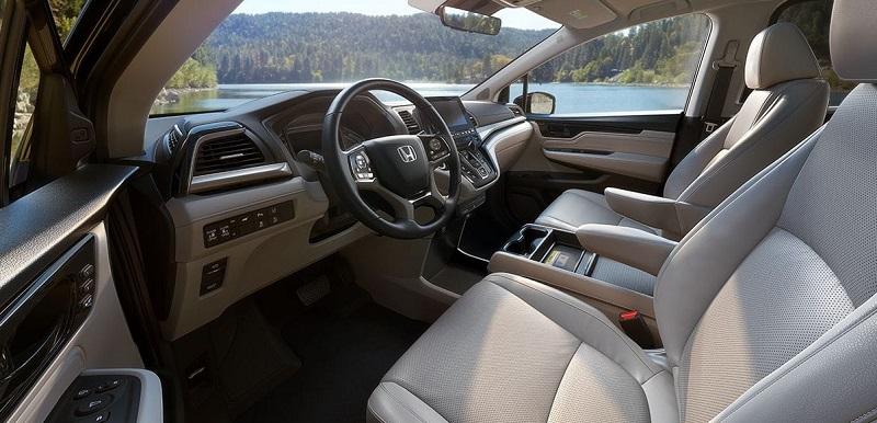 Iowa City - 2018 Honda Odyssey Interior
