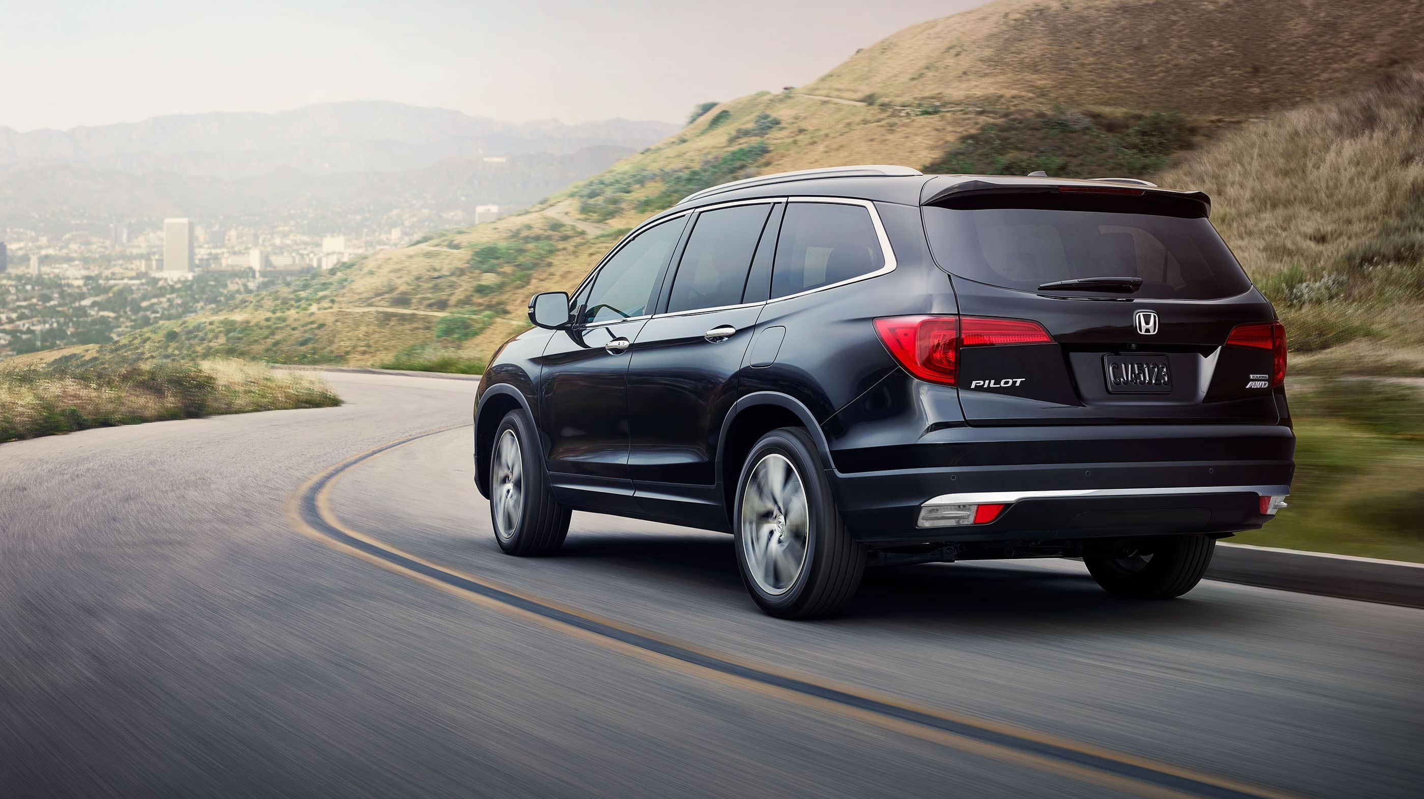 Iowa City - 2018 Honda Pilot Overview