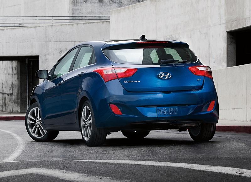 Detroit MI - 2018 Hyundai Elantra's SE Model Information