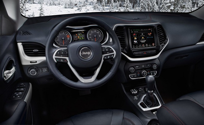 Kokomo IN - 2018 Jeep Cherokee's Interior
