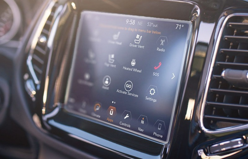 Boulder CO - 2018 Jeep Compass's Technology