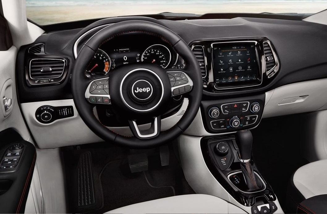 Boulder Colorado - 2018 Jeep Compass's Interior