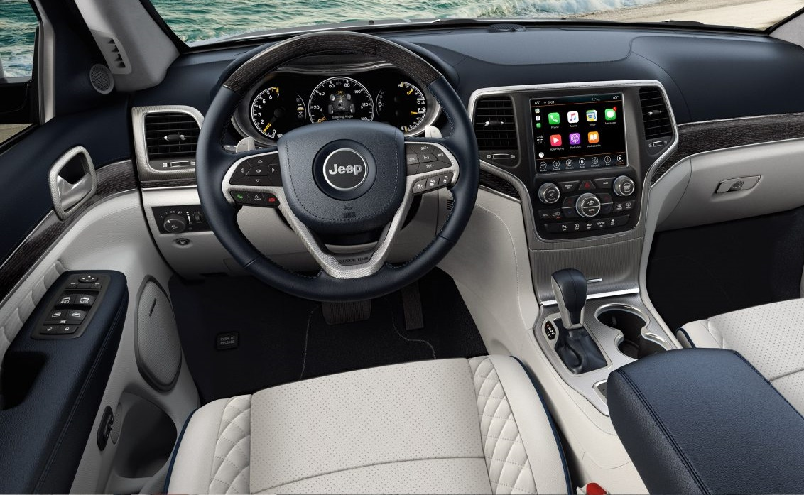 Thornton CO - 2018 Jeep Grand Cherokee's Interior