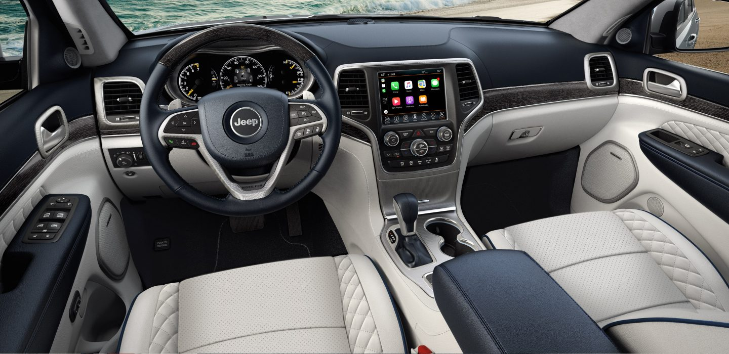 Chicago Illinois - 2018 Jeep Grand Cherokee's Interior