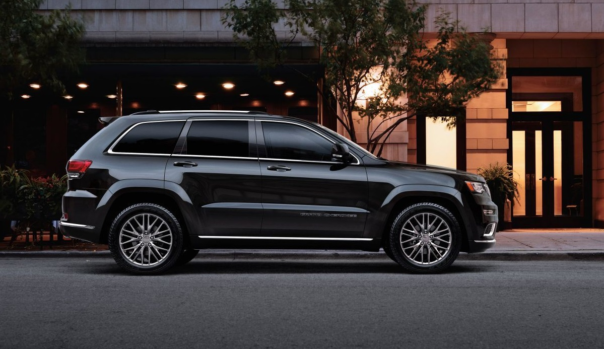 Chicago Illinois - 2018 Jeep Grand Cherokee's Exterior