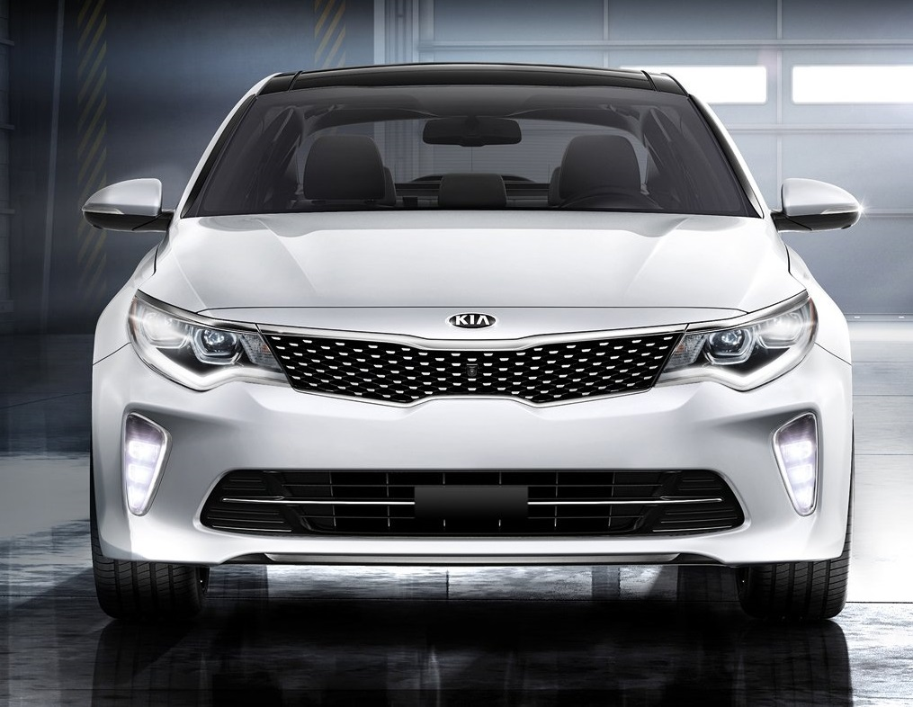 Detroit Michigan - 2018 KIA Optima's Exterior