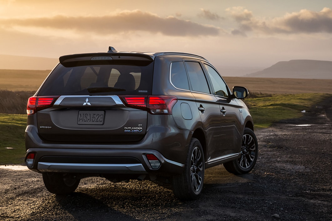 2018 Mitsubishi Outlander PHEV l Thornton CO