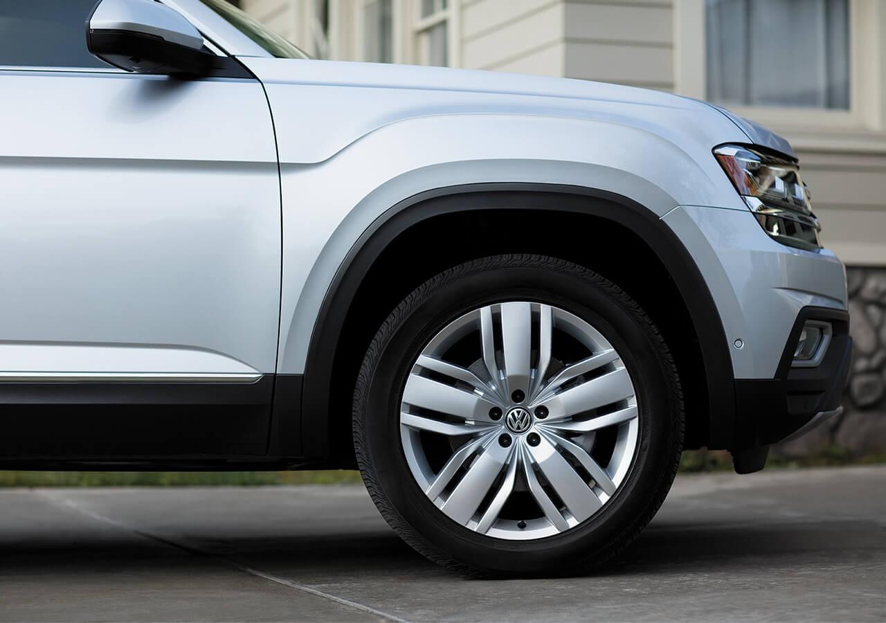 2018 Volkswagen Atlas V6 SE near Concord NC