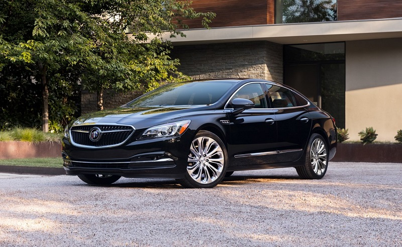 Buick dealership in Maquoketa IA - 2019 Buick LaCrosse