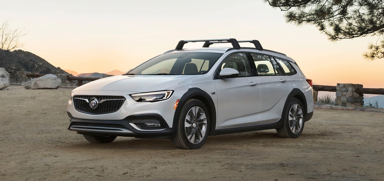2019 Buick Regal TOURX in Maquoketa IA