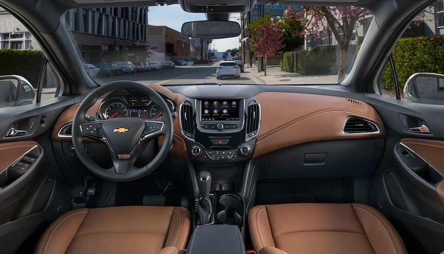 Bettendorf IA - 2019 Chevrolet Cruze Interior
