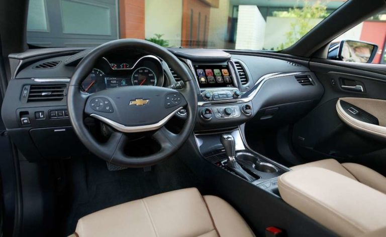 Dewitt IA - 2019 Chevrolet Impala Interior