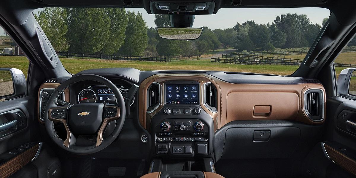 Maquoketa IA - 2019 Chevrolet Silverado 1500's Interior