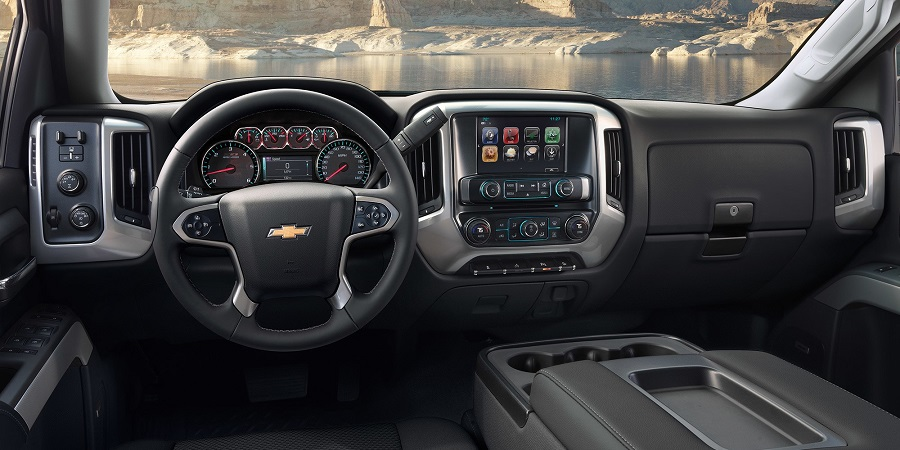 DeWitt IA - 2019 Chevrolet Silverado HD Interior