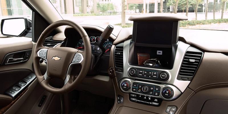 Maquoketa IA - 2019 Chevrolet Suburban Interior