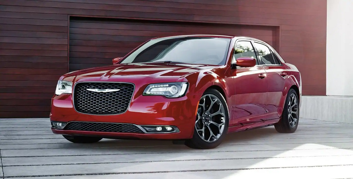Long Island NY - 2019 Chrysler 300's Exterior