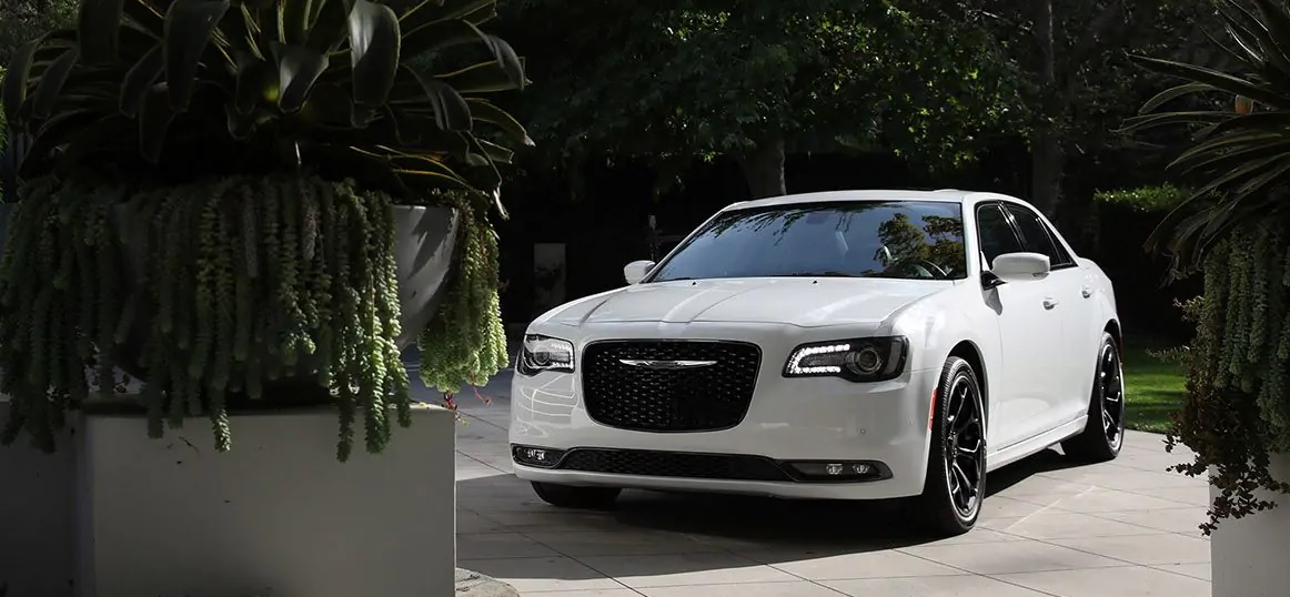 Clinton Area 2019 Chrysler 300