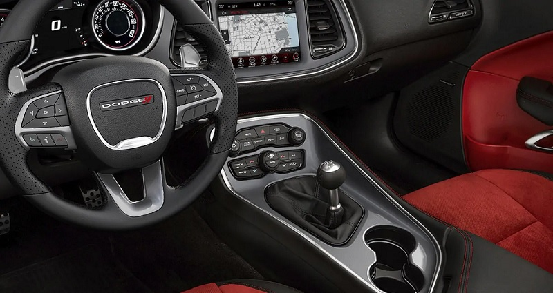 Fort Wayne IN - 2019 Dodge Challenger's Interior