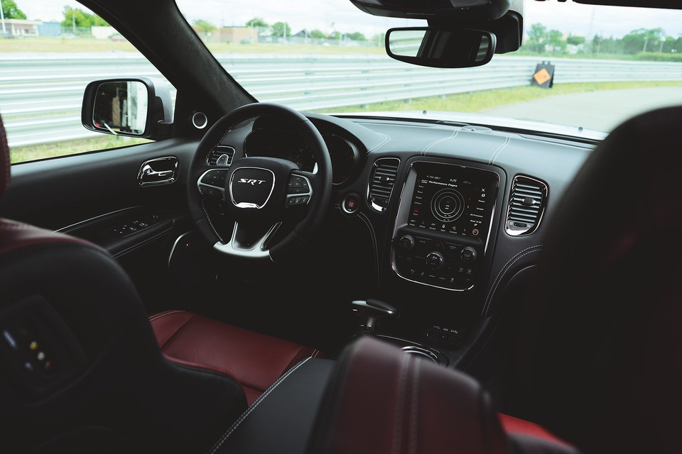 Lexington NC - 2019 Dodge Durango's Interior