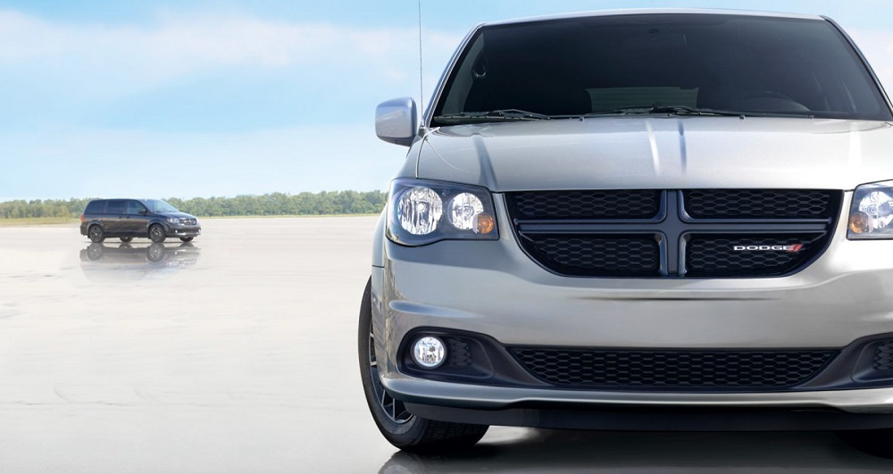 Clinton IA - 2019 Dodge Grand Caravan Exterior