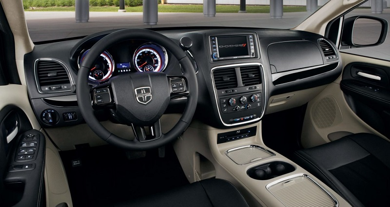 Clinton IA - 2019 Dodge Grand Caravan Interior