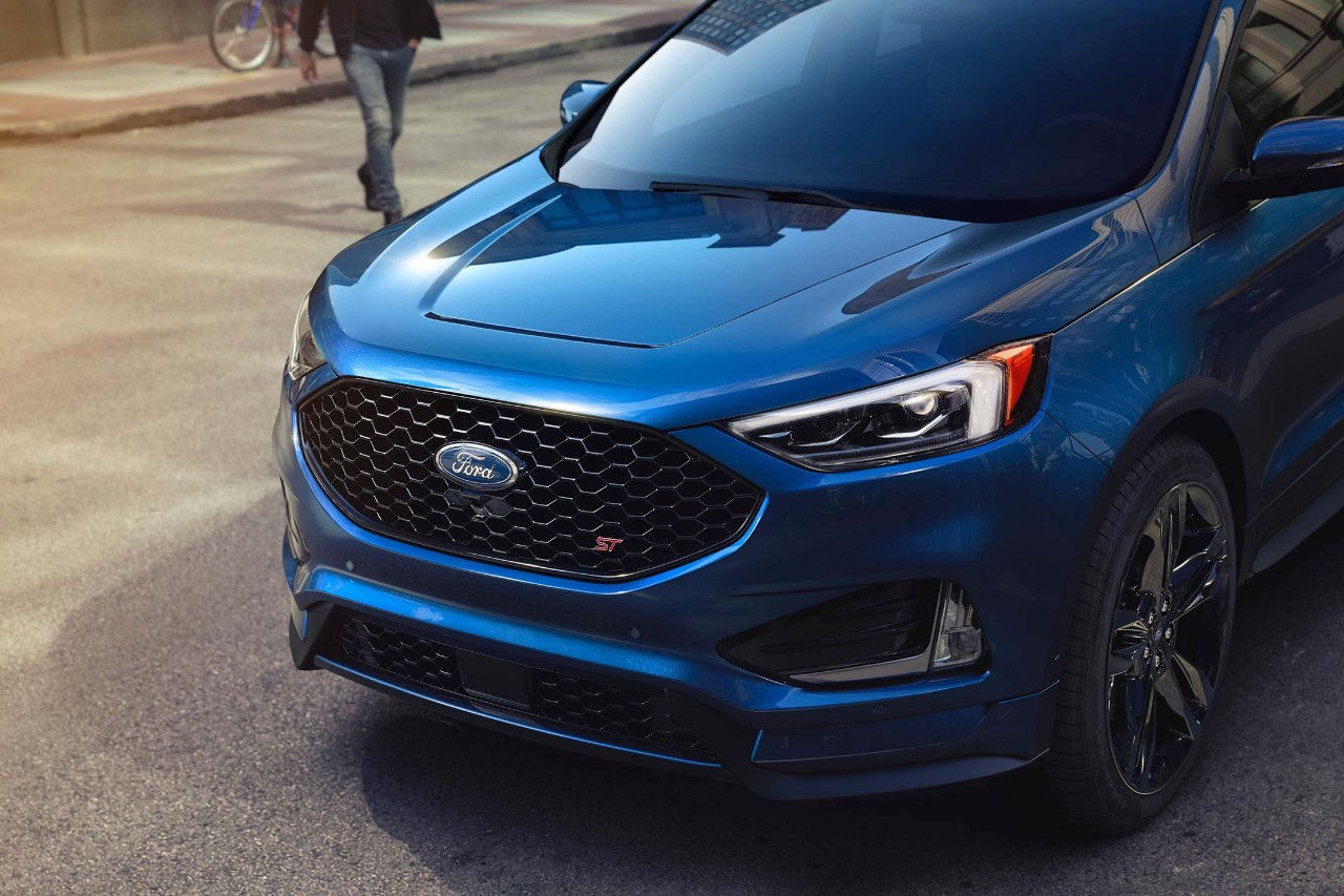 Eldridge IA - 2019 Ford Edge Overview