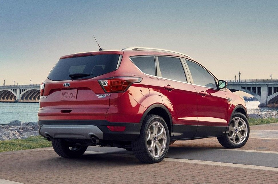 Davenport IA - 2019 Ford Escape Overview