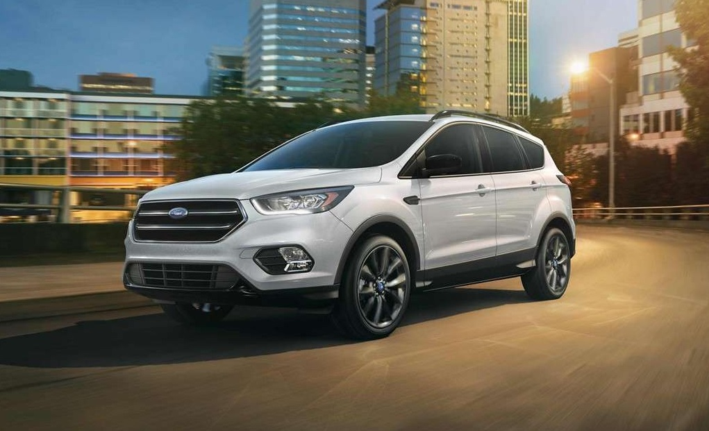 Davenport IA - 2019 Ford Escape Exterior