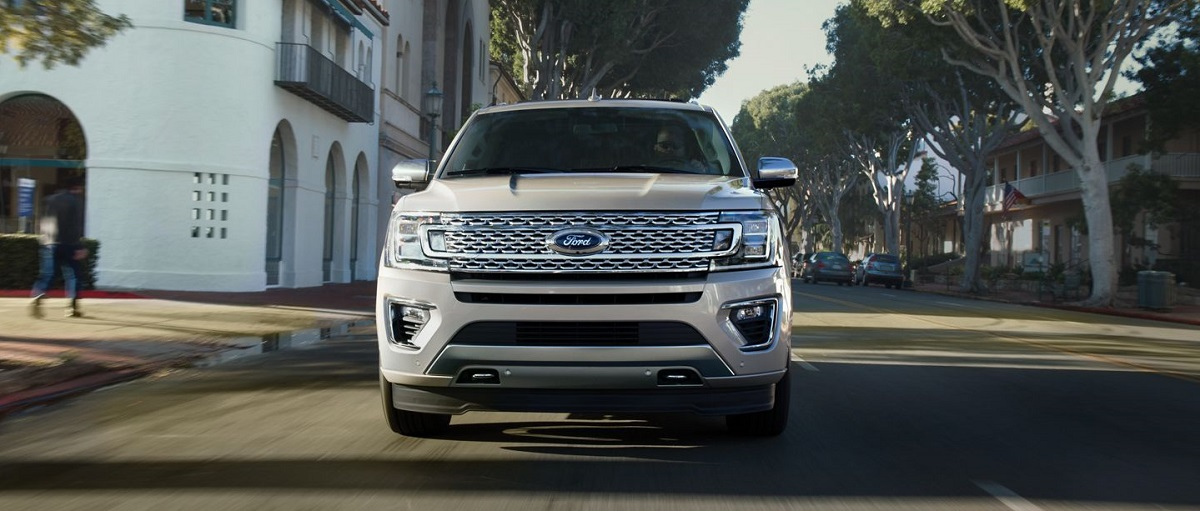 Clinton IA - 2019 Ford Expedition Exterior
