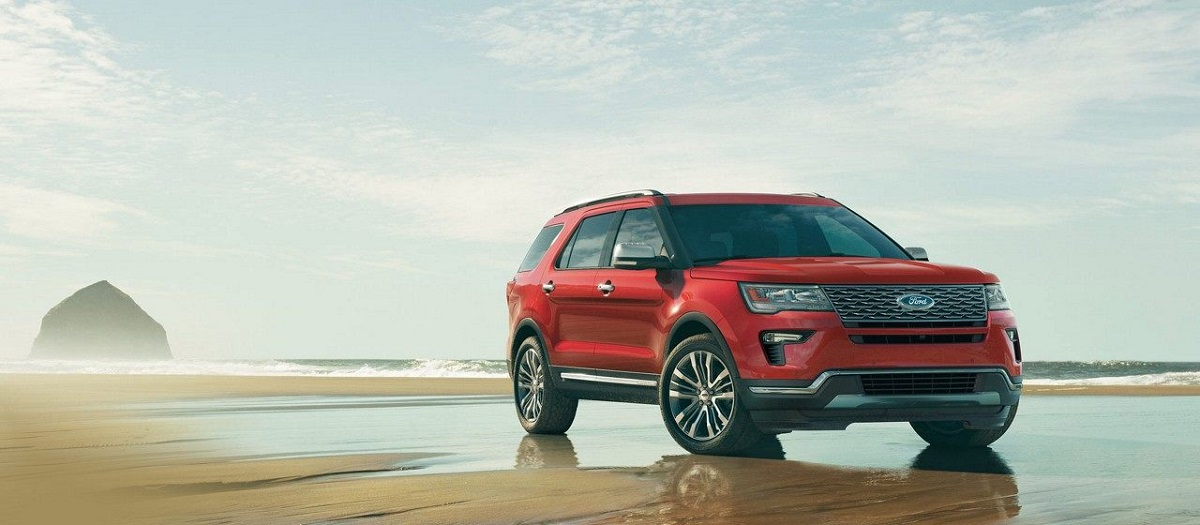 Research 2019 Ford Explorer in Maquoketa IA
