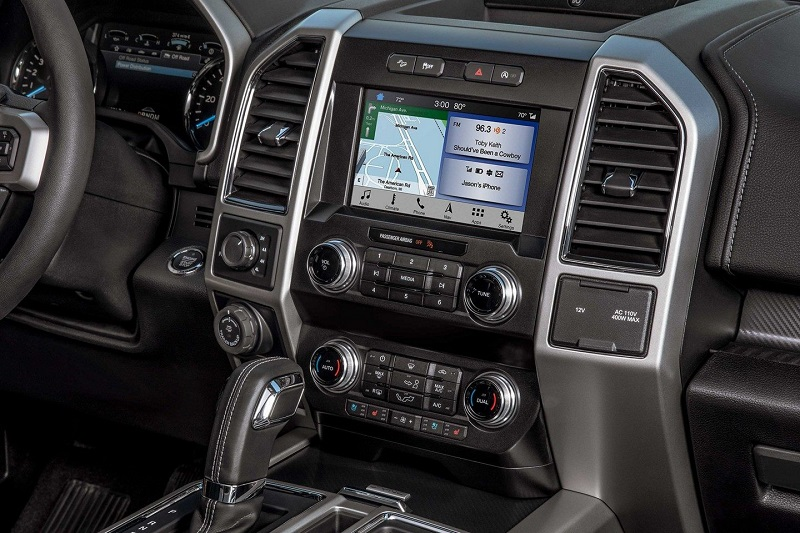 Interior - 2019 Ford F-150 in Maquoketa IA